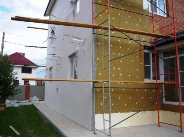 Отделка и утепление фасада частного дома в Севастополе