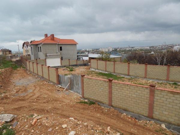 Строительство забора – проект, забор, гараж (г. Севастополь, ул. Парковая)